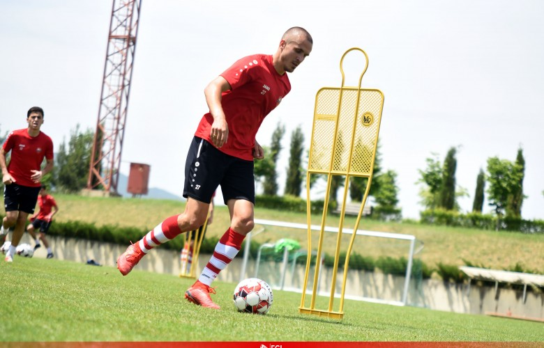 Giorgi Gabadze starts training with the team